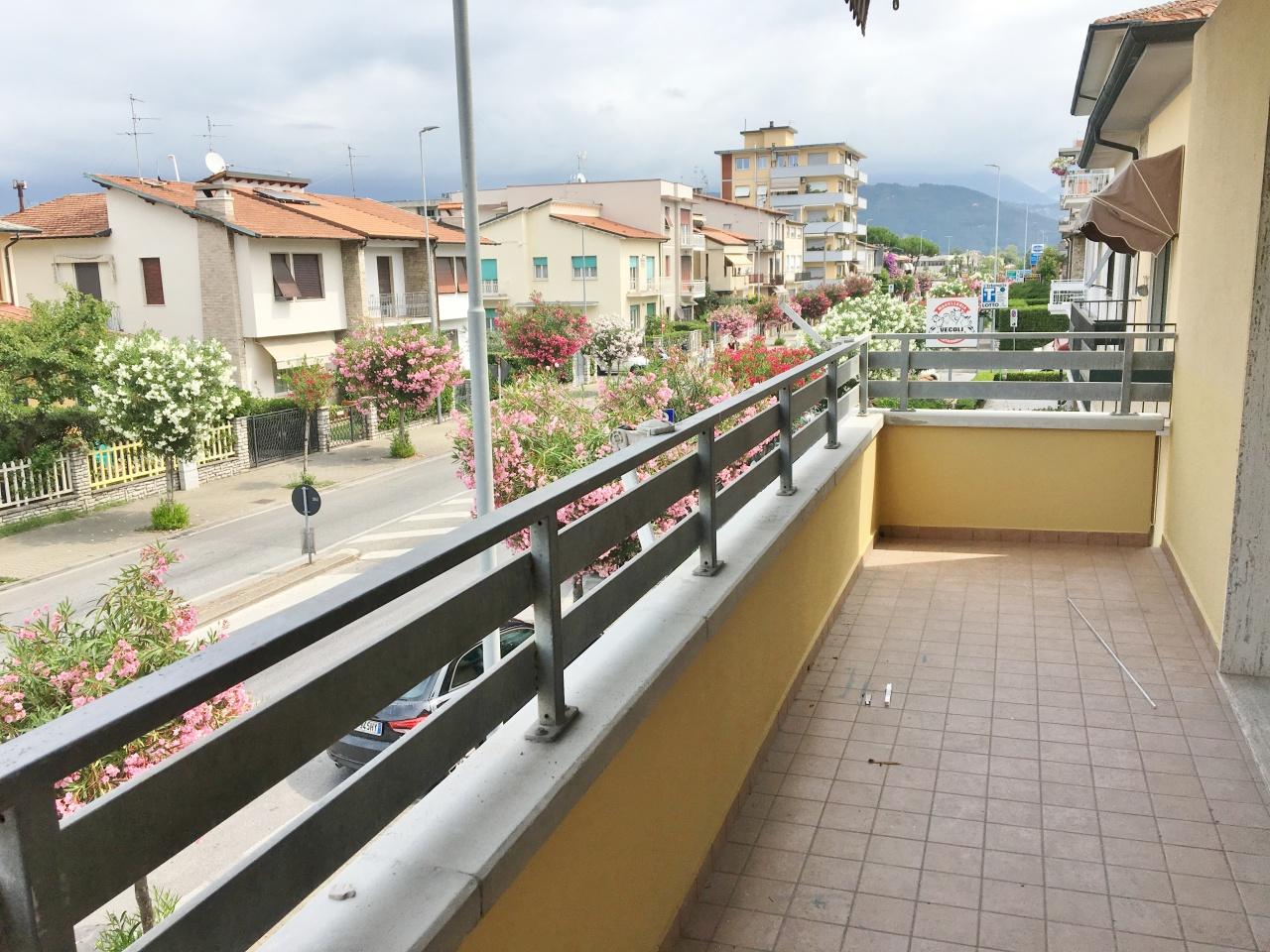 appartamento in affitto a viareggio marco polo rif:af-r105
