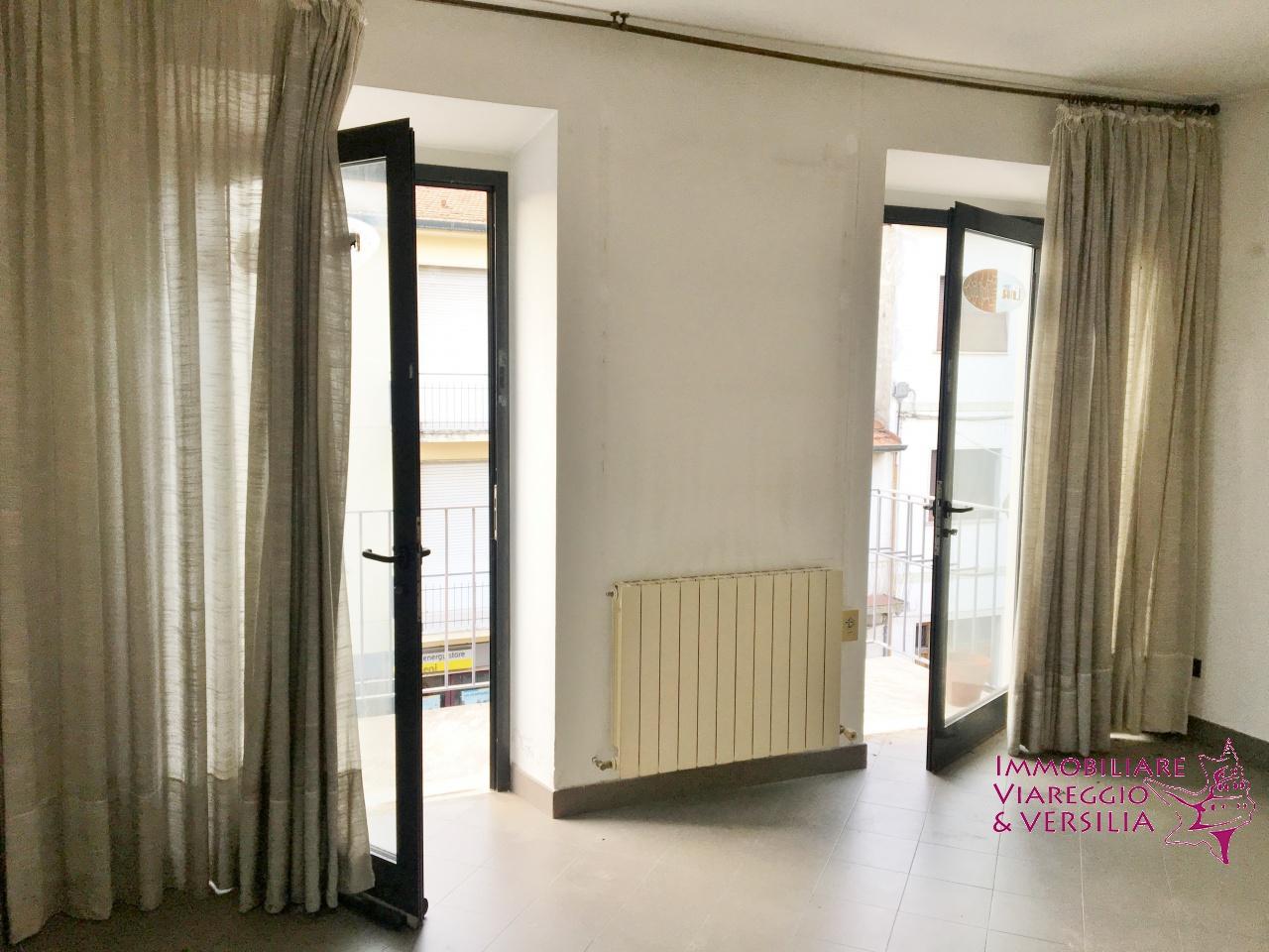 Ufficio in affitto a viareggio centro rif aff uff273 for Ufficio affitto